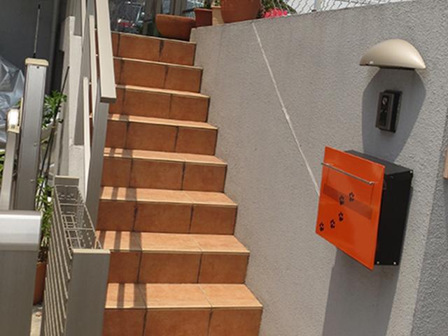 屋外の階段